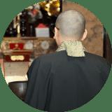 本来の葬儀の形である僧侶と共にお見送り